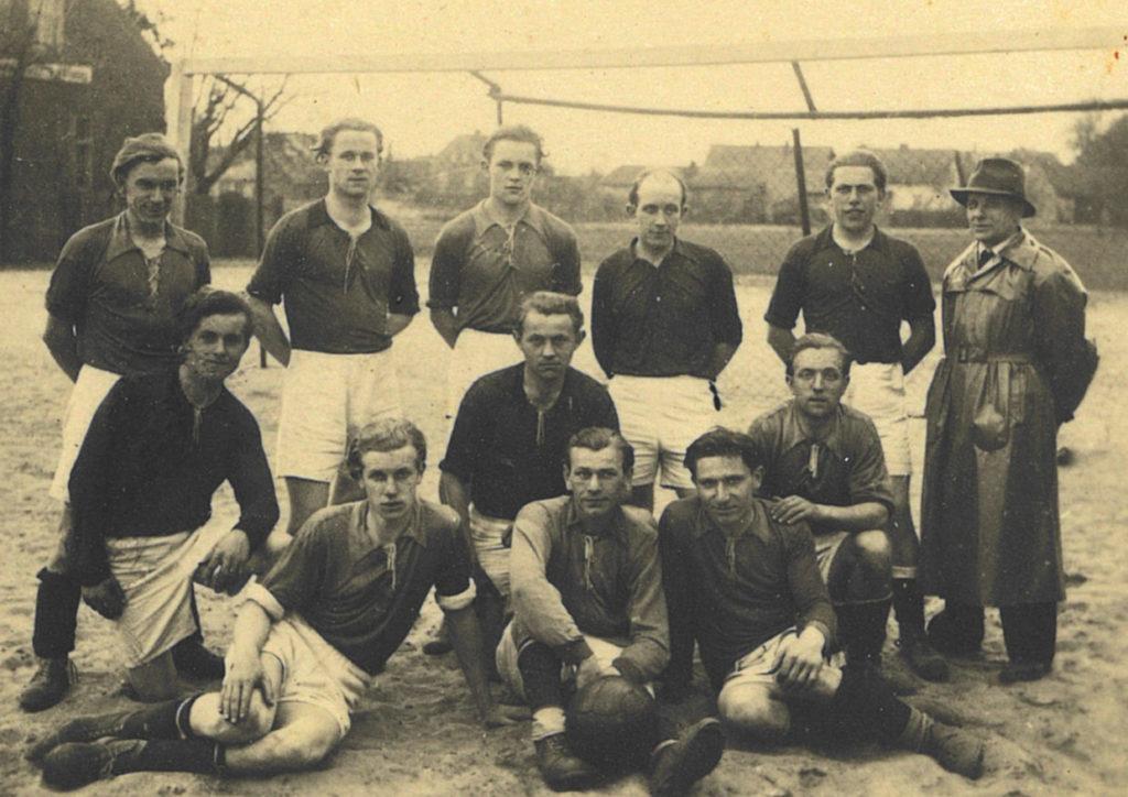 Fußballer der SG Burg im Jahr 1947
